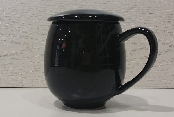 salica-zaara-crna
